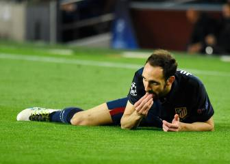 Juanfran breaks tooth in clash with Neymar