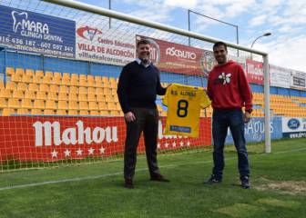 Mothers Day tribute as Alcorcon wear shirts with mothers' names