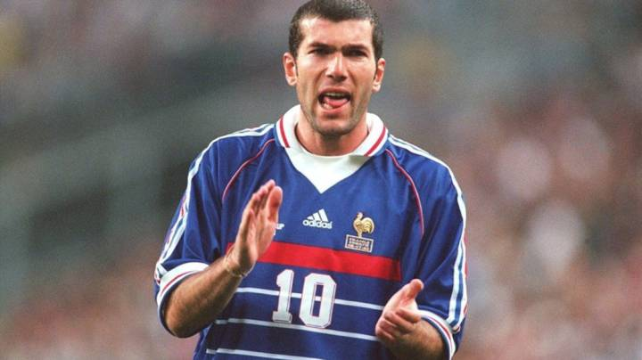 Real Madrid Zidane S World Cup 98 Shirt Sells For 100 000 Euros As Com