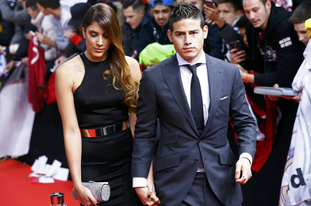 Real madrid james rodriguez 39 s wife speaks to hola about for Casa daniela madrid