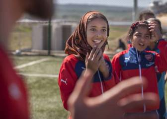 Womens football the atltico madrid girls win two all boys arsenal extend a hand to iraqi children through football voltagebd Image collections