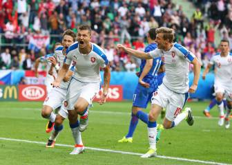 Czech Republic fight back for Croatia draw in flare-hit clash