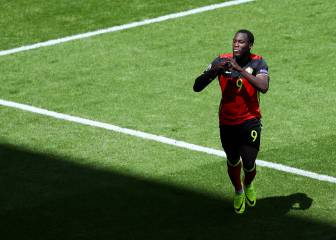 Lukaku hushes critics to haul Belgium into second