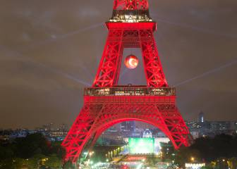 Eiffel Tower glows bright red following Turkey win