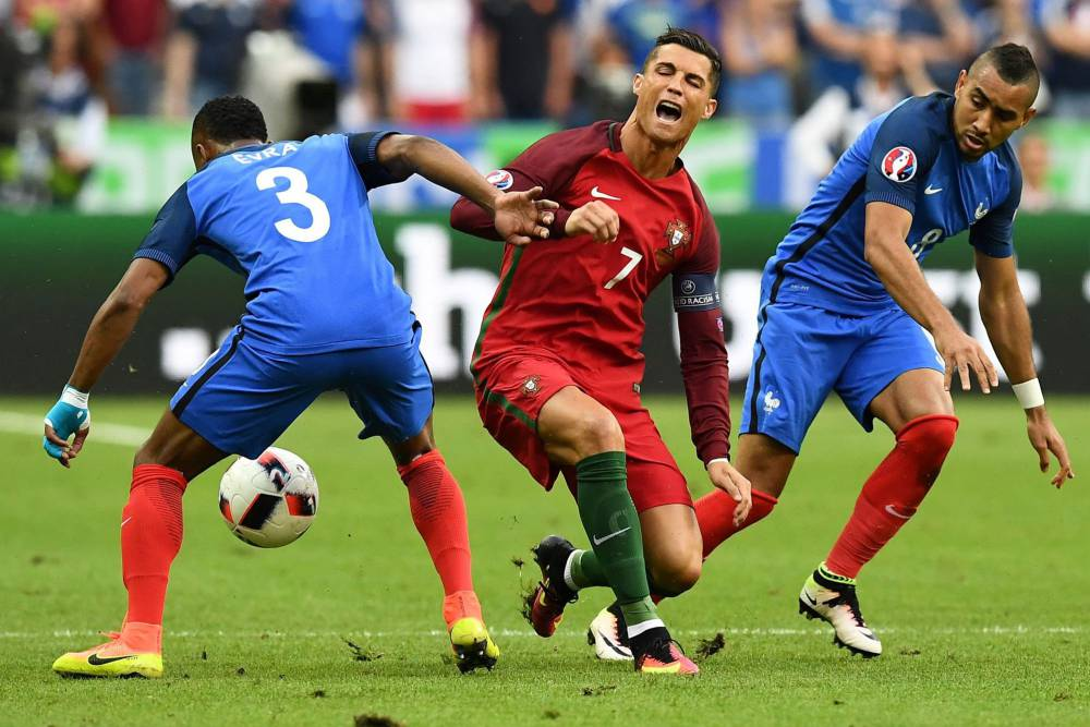 """Son of a dog"": Payet abused by Ronaldo's Iranian fan club"