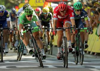 Sagan claims third Tour de France stage win by a nose