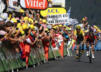 Froome tightens grip on third Tour de France triumph