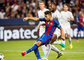 Munir brace helps Barcelona power past Leicester