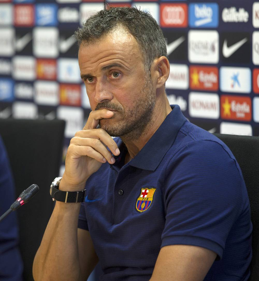 Barcelona and Luis Enrique agree to delay new contract talks