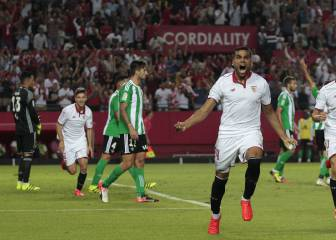 Sevilla get the better of Betis in frantic derby