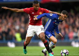 United full-back Valencia booked in for surgery