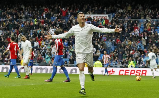 e999a52f6 Full screen. Cristiano Ronaldo celebrates scoring for Real Madrid ...