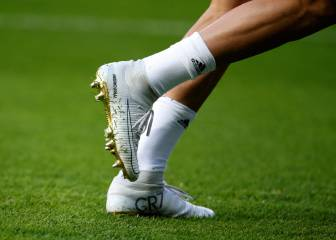 Cristiano sports new boots commemorating golden 2016