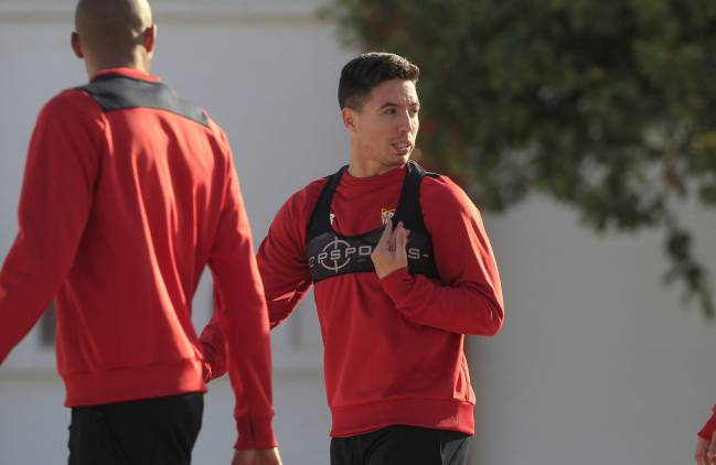 Samir Nasri in training with Sevilla