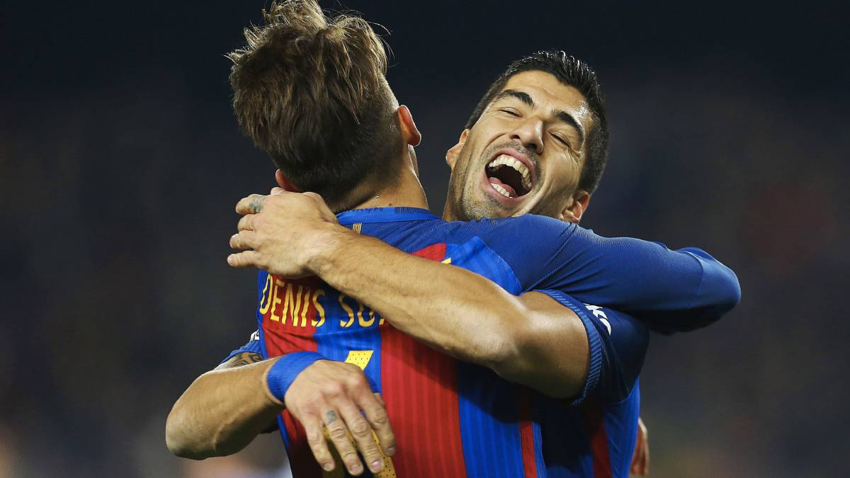 FC Barcelona's Denis Suárez celebrates with Luis Suárez after scoring against Real Sociedad in the Copa del Rey at the Camp Nou.