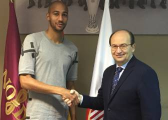 N'Zonzi agrees contract extension with Sevilla