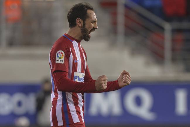 Juanfran is ready to play in midfield for Atletico Madrid against Barcelona