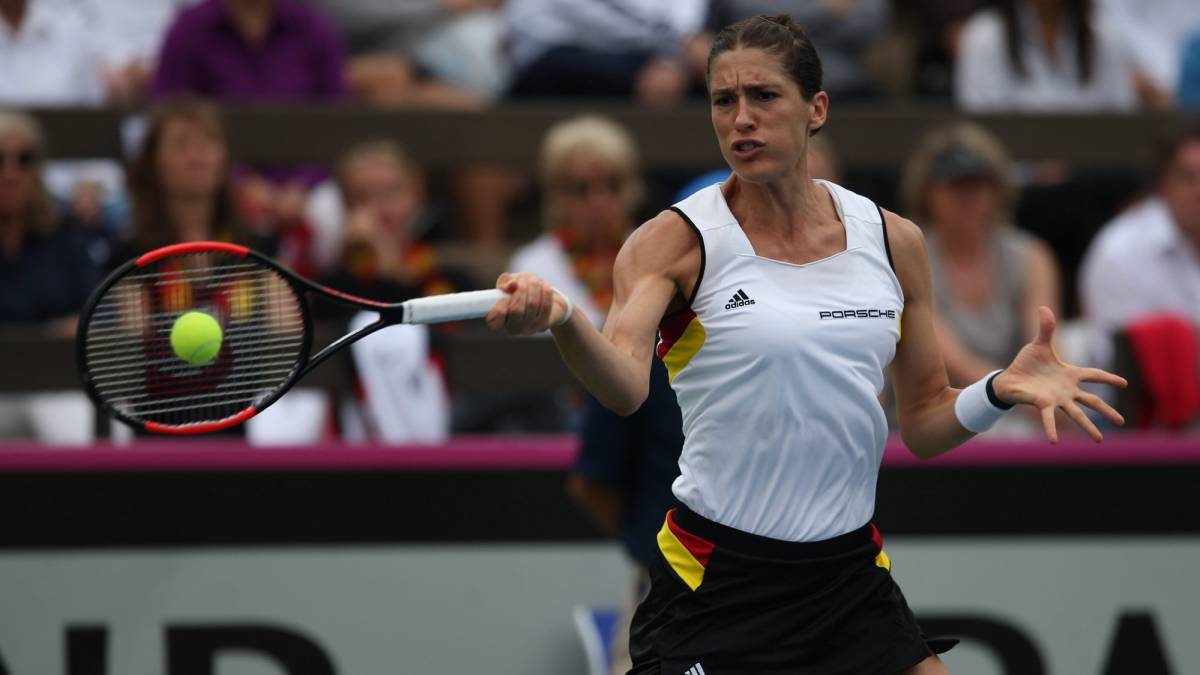 Petkovic deeply embarrassed by national anthem cock-up