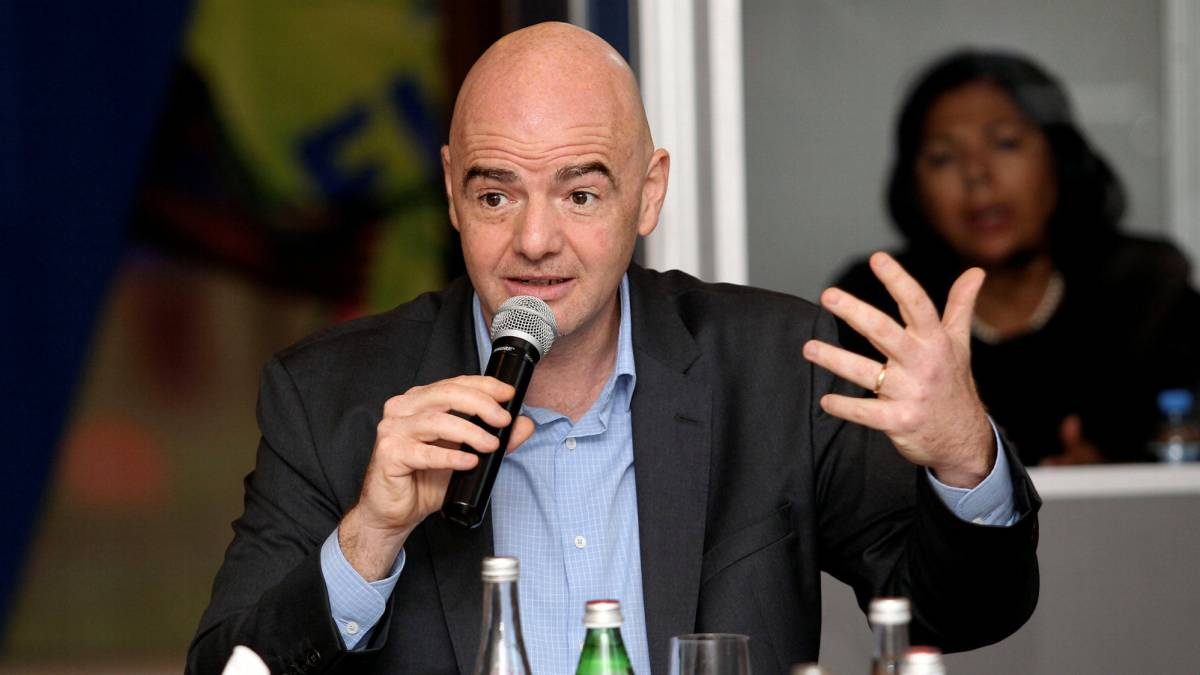 Infantino not worried about Russian hooligans at World Cup