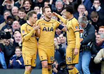 Kane hat-trick fires Spurs into FA Cup quarter-finals