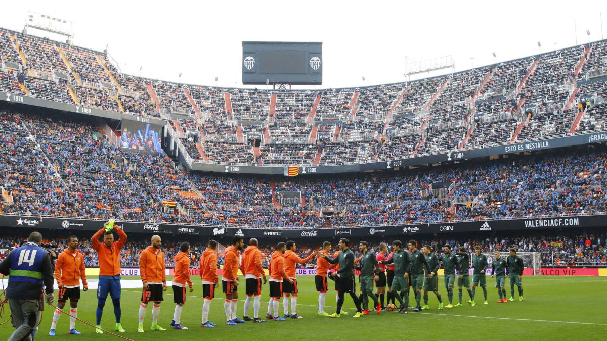How and where can I watch Valencia - Real Madrid: times, tv, online