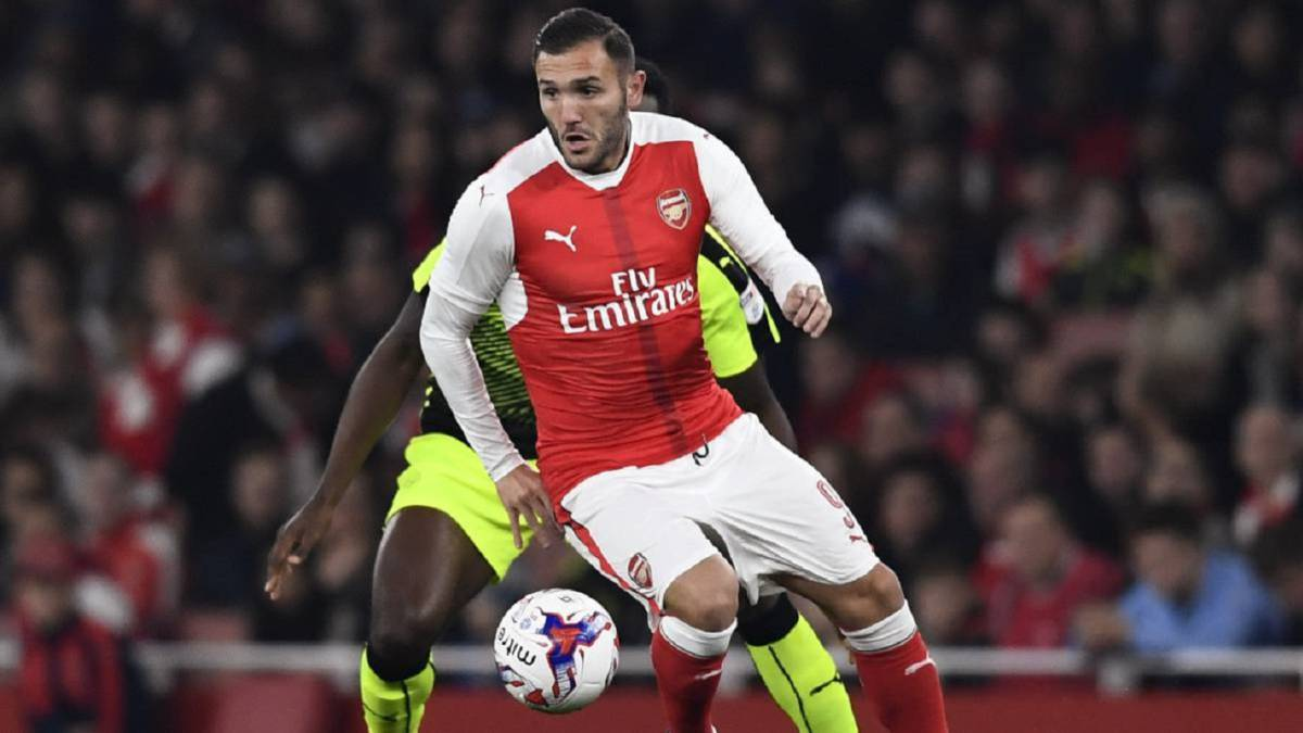 Lucas Perez wants to leave Arsenal at all costs
