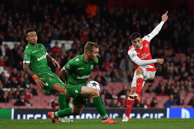 Arsenal's Héctor Bellerín in action against Ludogorets