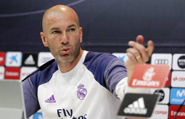 Zidane showing a less attractive style in his attitude.