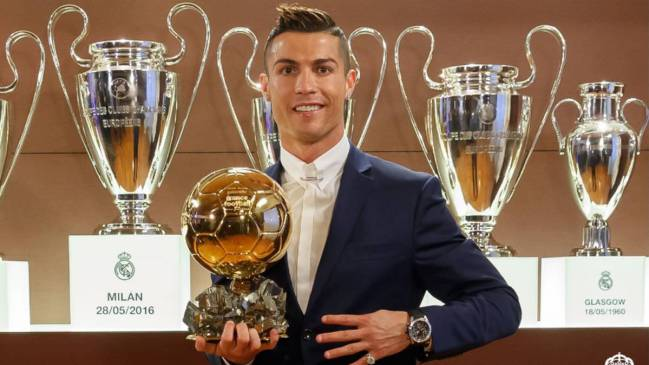 Ballon d'Or winner 2016 Cristiano don't make it into Aubameyang's best team