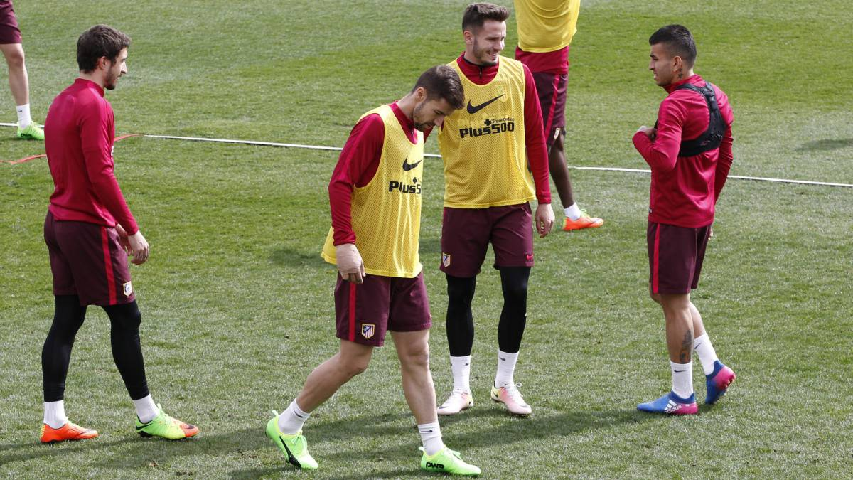 Saul Niguez, Angel Correa, Gabi and Sime Vrsaljko during Atletico Madrid training.