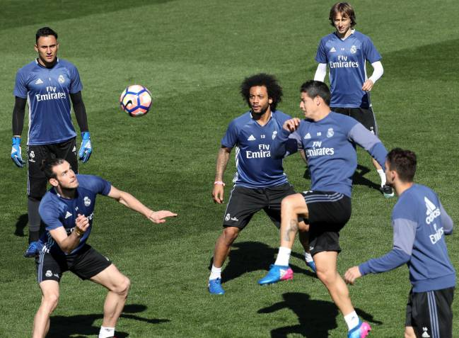 Real Madrid train