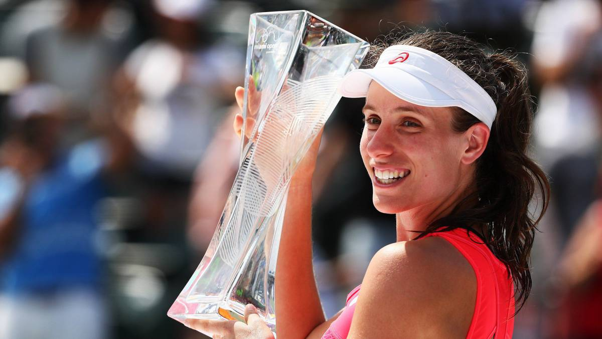 Konta beats Wozniacki to land biggest career win in Miami