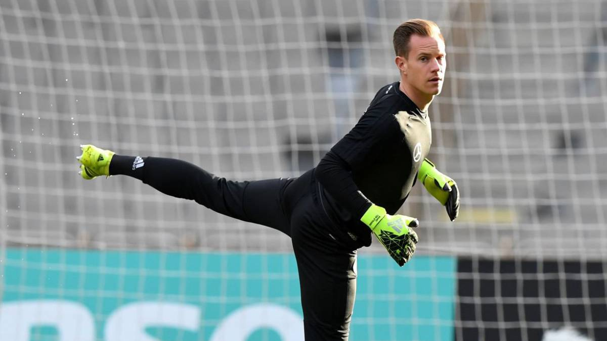 Ter Stegen casts doubt on Barcelona future