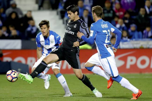 Álvaro Morata in action at the Butarque last night