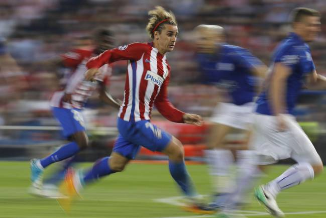 Antoine Griezmann's first half penalty was all Atlético had to show for a dominant display over Leicester in the Champions League quarter-final first leg.