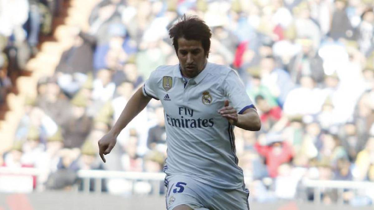 Fabio Coentrao starts as Zinedine Zidane makes nine changes