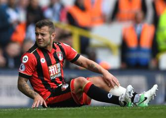 Jack Wilshere ruled out for the season with broken leg