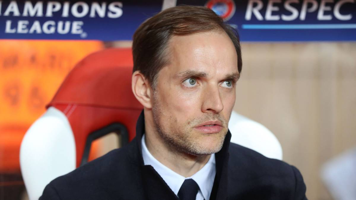 Dortmund's head coach Thomas Tuchel looks on prior to the UEFA Champions League 2nd leg quarter-final football match