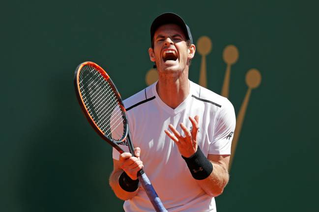 Catalan Albert Ramos completes a three-set comeback against world number one Murray, to seal a place in the Monte Carlo Masters quarter-final.