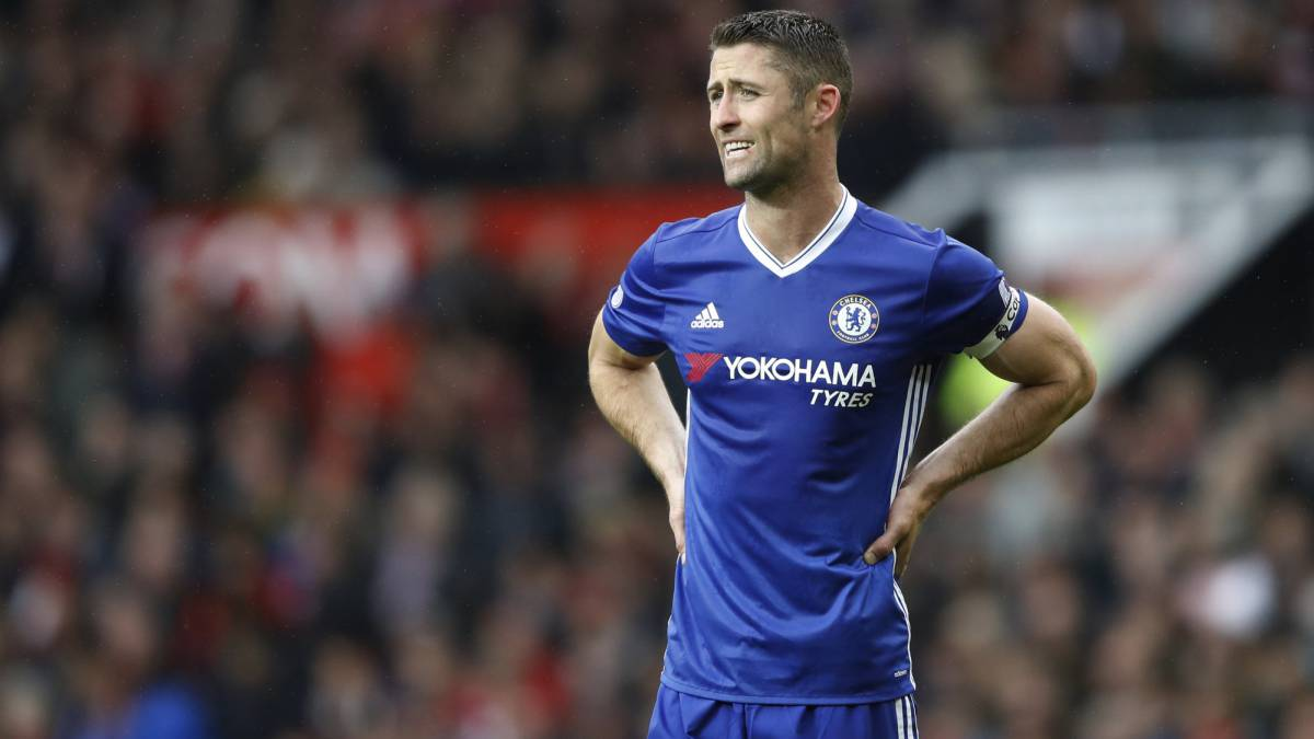 Cahill to miss semi-final after kidney stone treatment