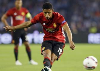 United take lead back to Manchester thanks to Rashford