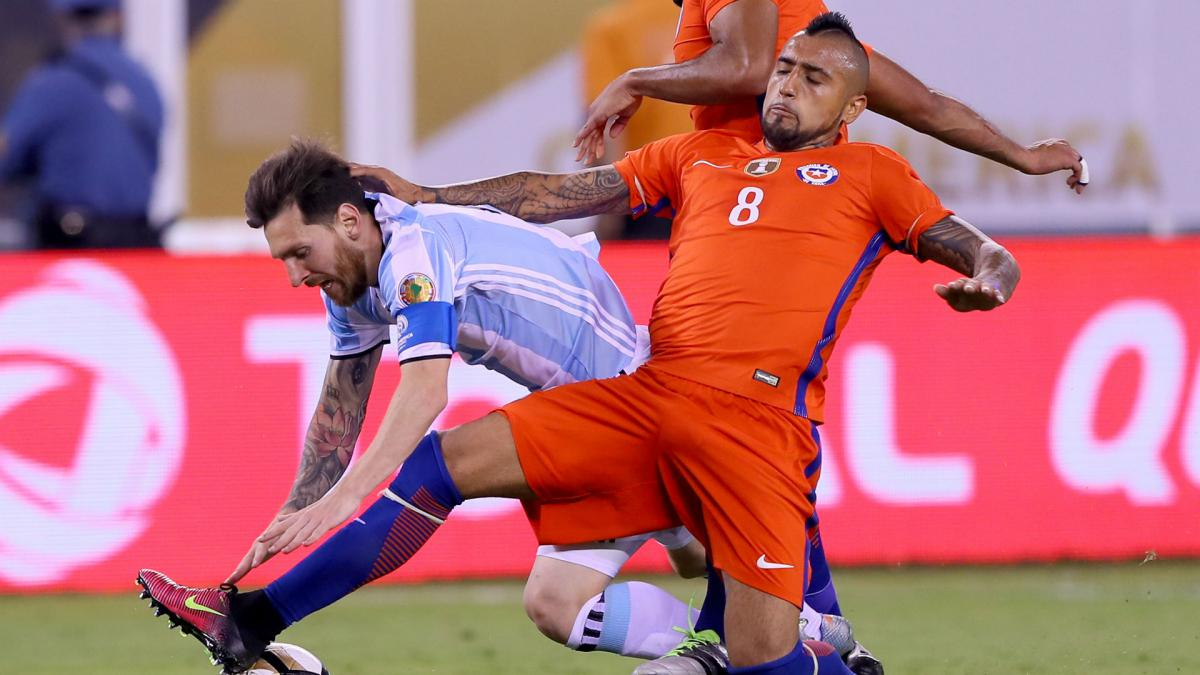 Messi appeal win frustrates Vidal: Rules are different for him