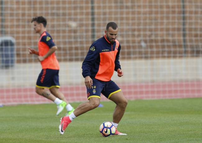 Las Palmas player Jesé, formerly of Real Madrid, is enjoying the style of play on the Canary Islands, and relishes the chance to trip up Barcelona.