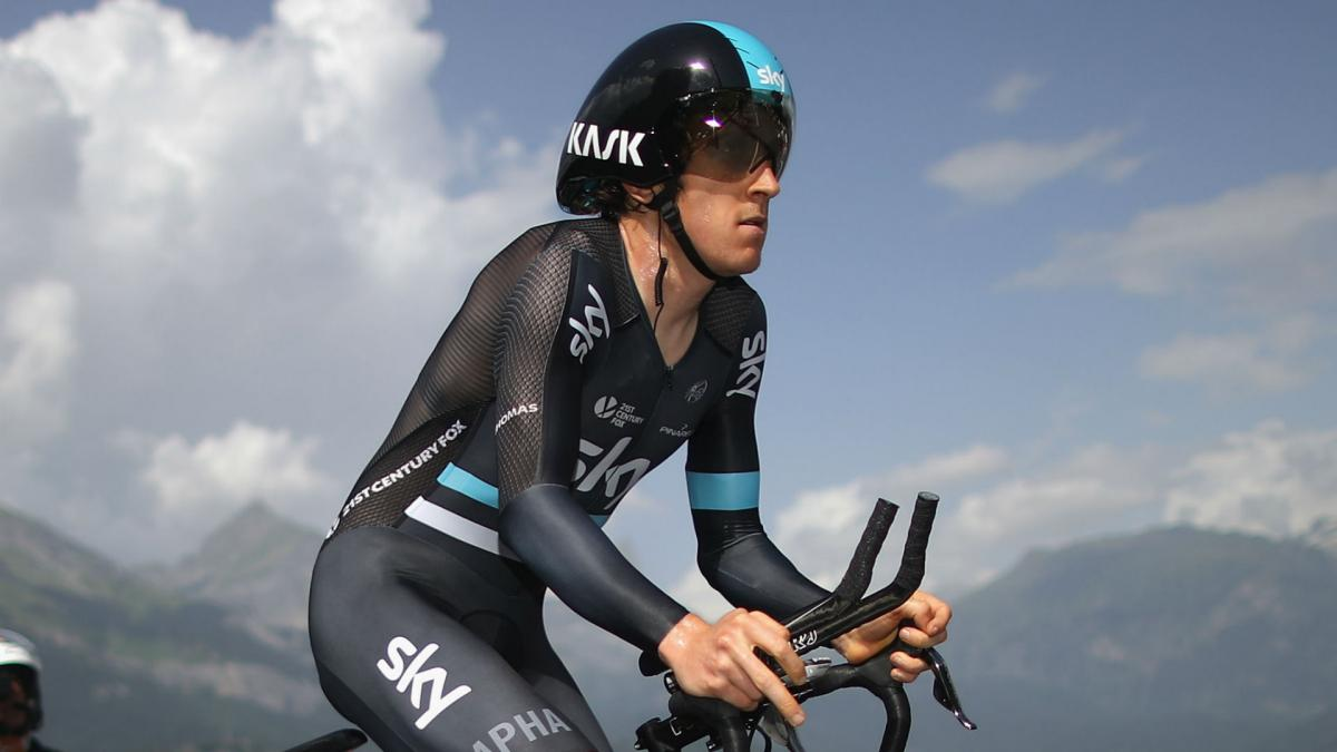 Thomas back on bike after Giro crash