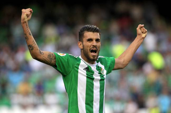 Real Betis talisman Dani Ceballos has a €15m clause but could leave for as little as €9m, which club president Ángel Haro is working to rectify.