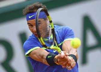 Nadal into French Open semis as Carreño Busta retires