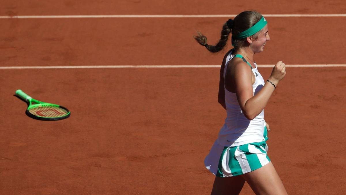 Ostapenko seals historic French Open title with Halep victory