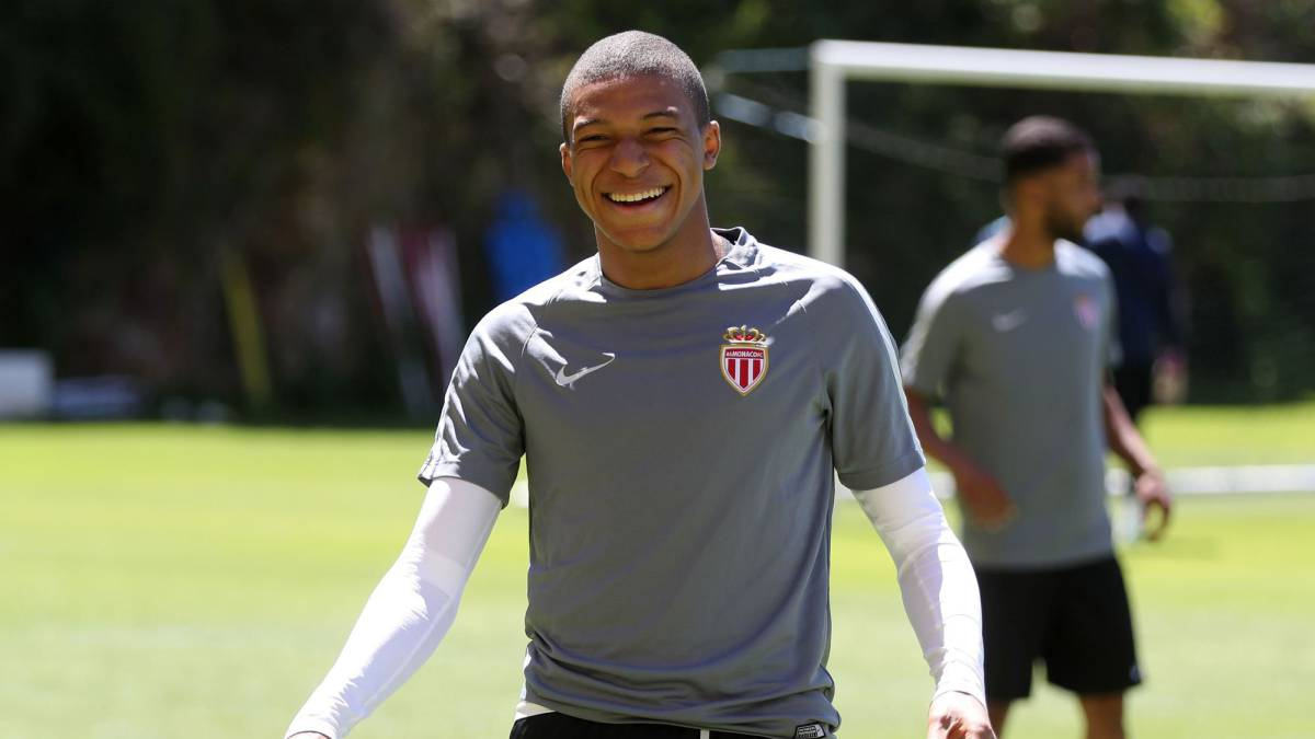 Mbappé talks set with AS Monaco to resolve future
