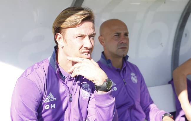 Guti | The Juvenil A coach, who led his team to a double, spoke about his Bernabéu, Zinedine Zidane's achievements, and Marco Asensio's potential.