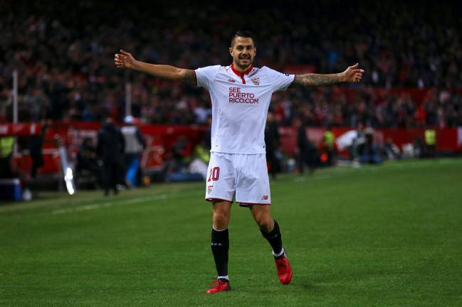 Miguel Ángel Ramírez, the president of Las Palmas, stated that Atleti will trigger the player's release clause at Sevilla before loaning him to the Canaries.